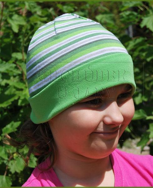 Čepice ohrnovací zelený lem