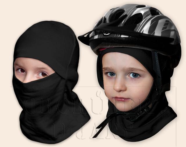 Kukla pod helmu černá