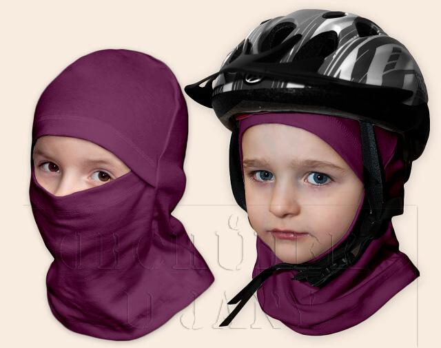 Kukla pod helmu fialovo-růžová
