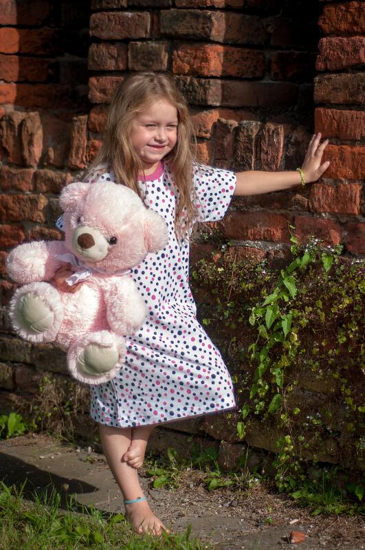 Dívčí noční košilka puntík růžový